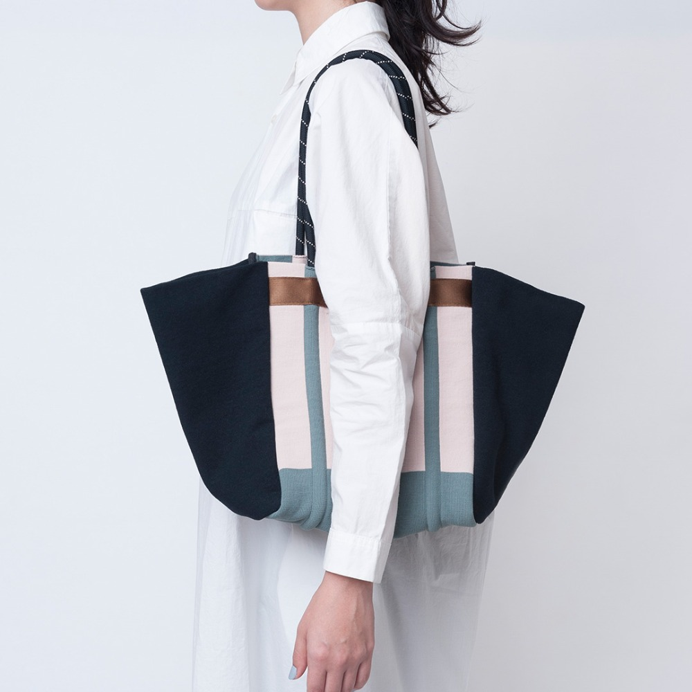 TCT045 Rubber belt tote bag : beigeTRICOTE