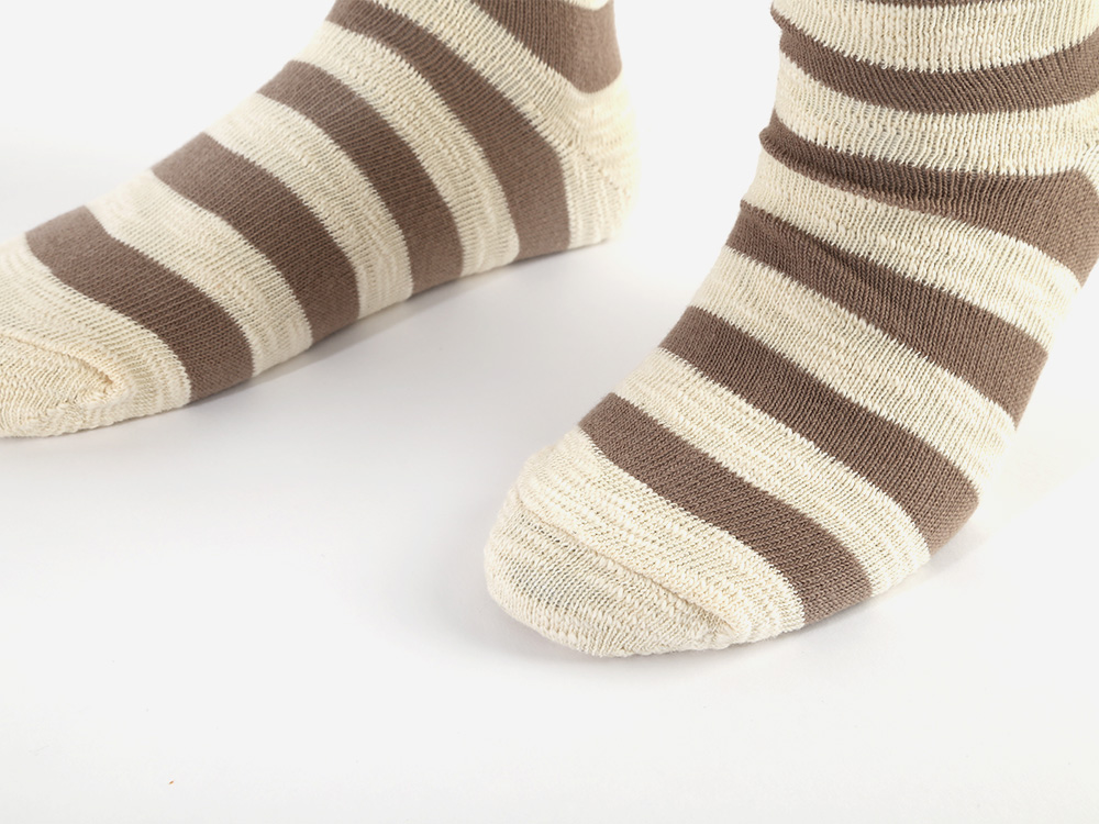 SSTZ RUMPLE STRIPE SOCKS BEIGE