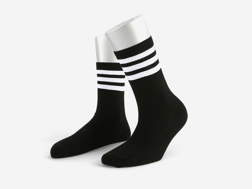 SSTZ SCHOOL STRIPE SOCKS BLACK