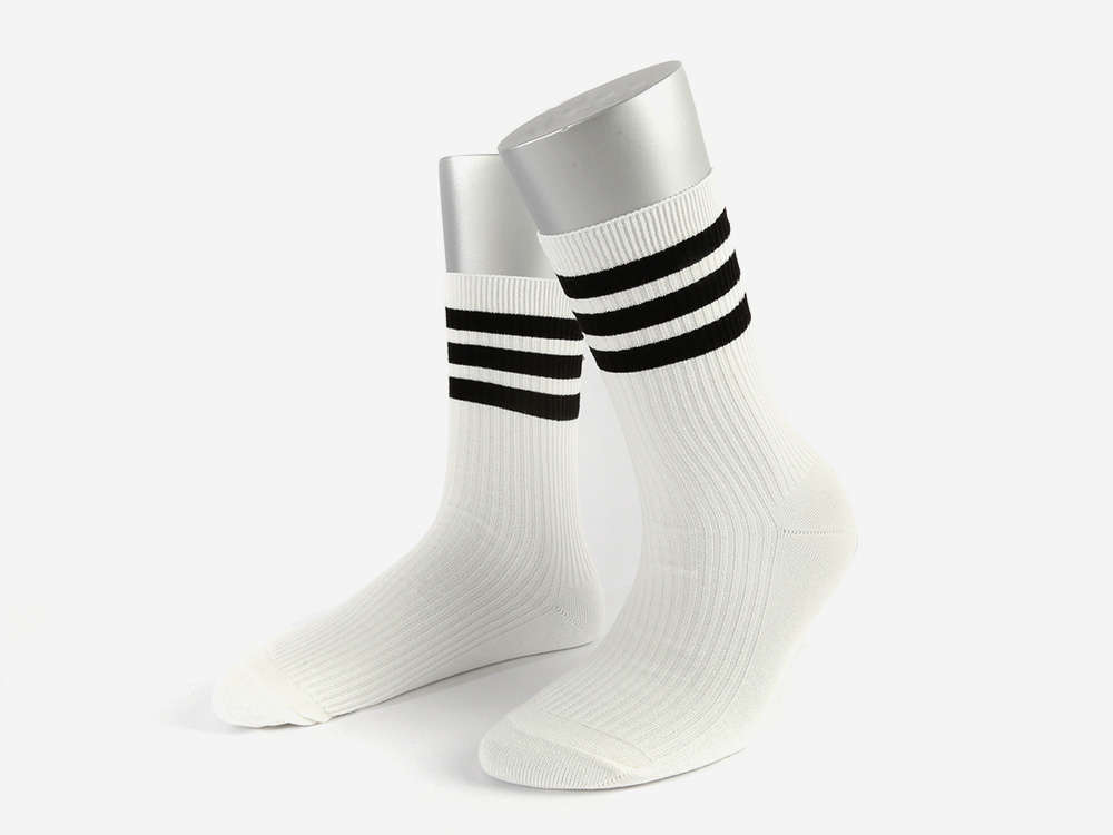 SSTZ SCHOOL STRIPE SOCKS WHITE