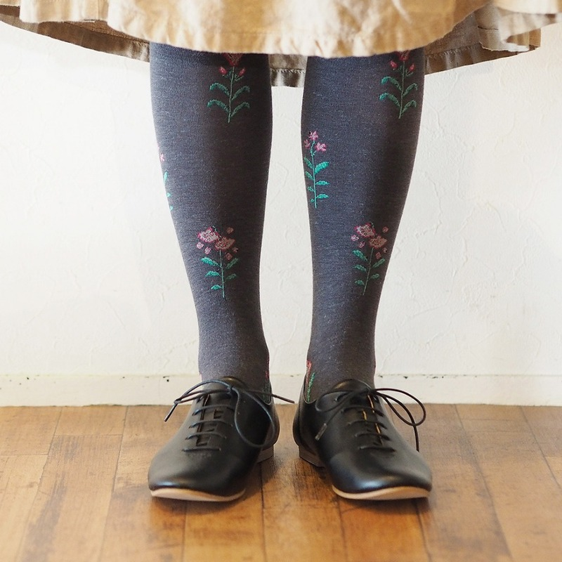MSB078 Small flower Knee-hi : charcoalMAISON BLANCHE