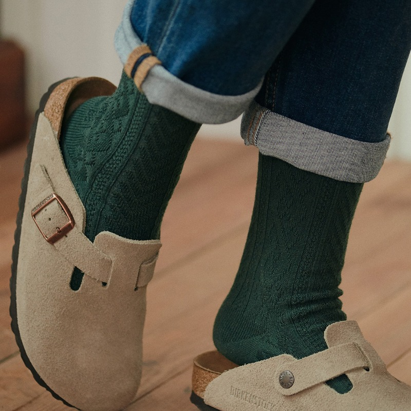 STW045 Wool Cable Knit : Dark GreenSOCKSTAZ